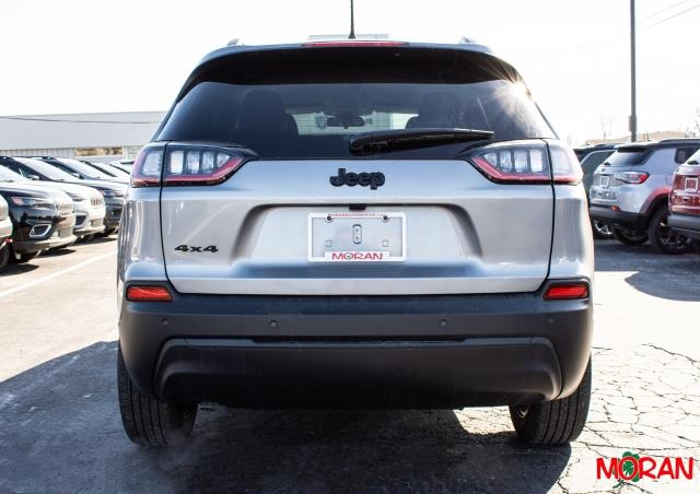 New 2020 JEEP Cherokee Altitude